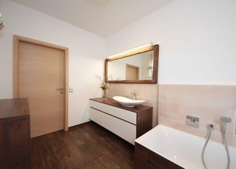 Badezimmermöbel auf Maß vom Tischler
