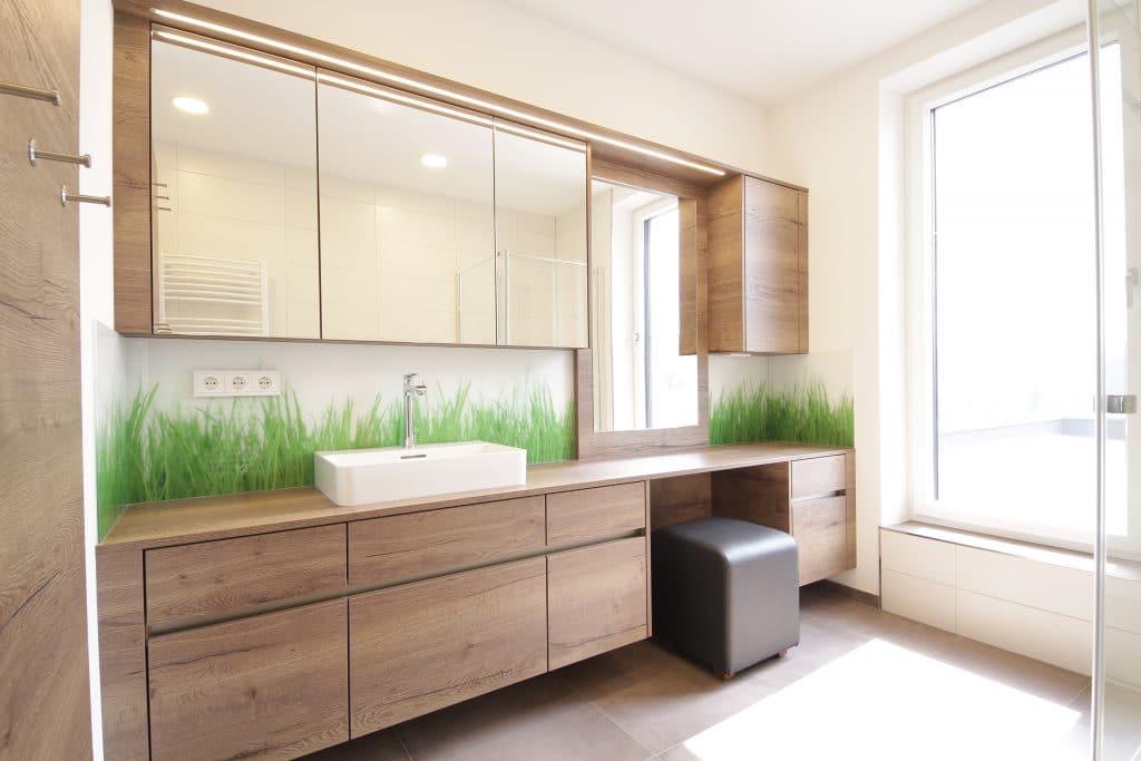 Badezimmer tischlerei winter for Badezimmer lampen ideen