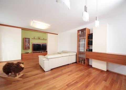 Wohnzimmermöbel auf Maß vom Tischler in Graz