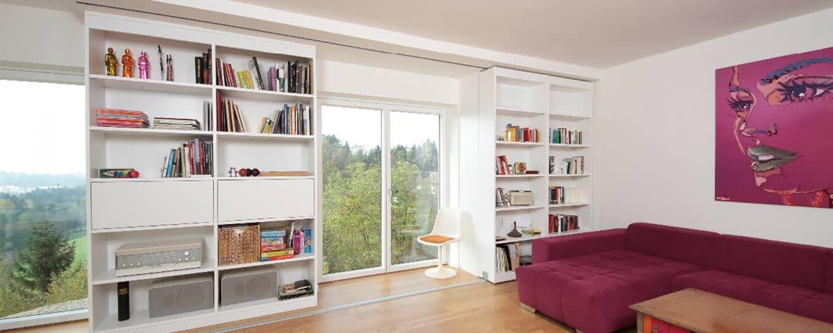 Verschiebbares Bücherregal