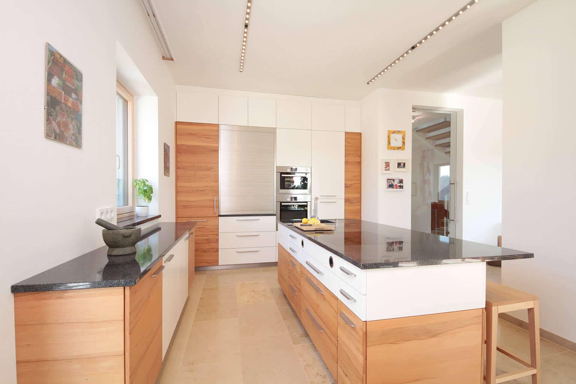 vollholzk che auf mass vom tischler in graz umgebung tischlerei winter. Black Bedroom Furniture Sets. Home Design Ideas