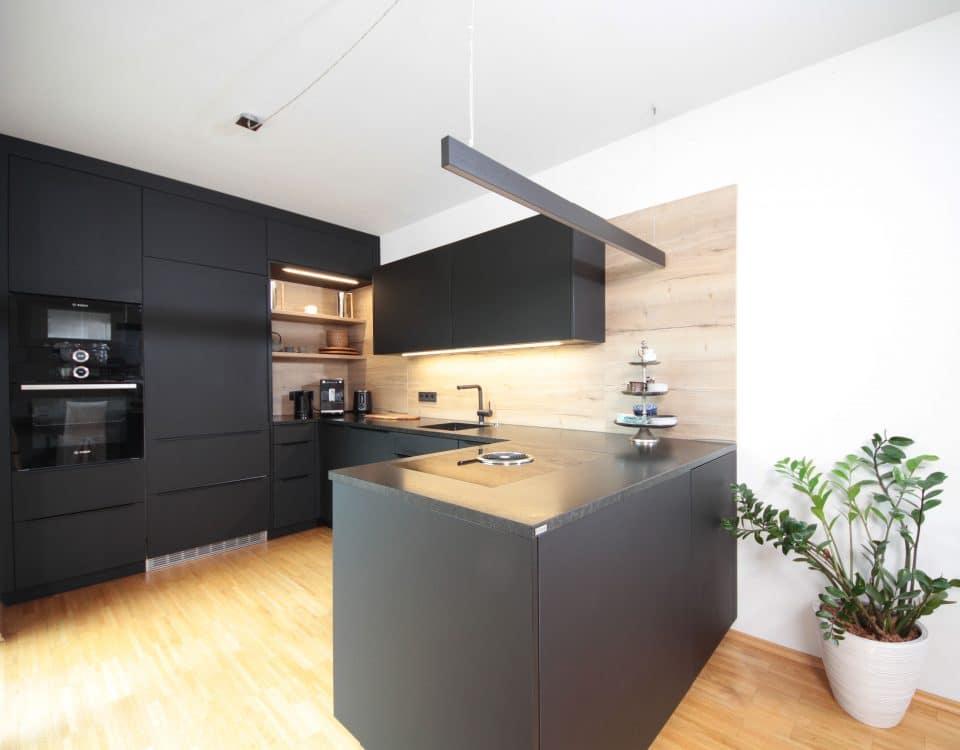 Tischeler für Küchen von modern bis traditionell in der Steiermark