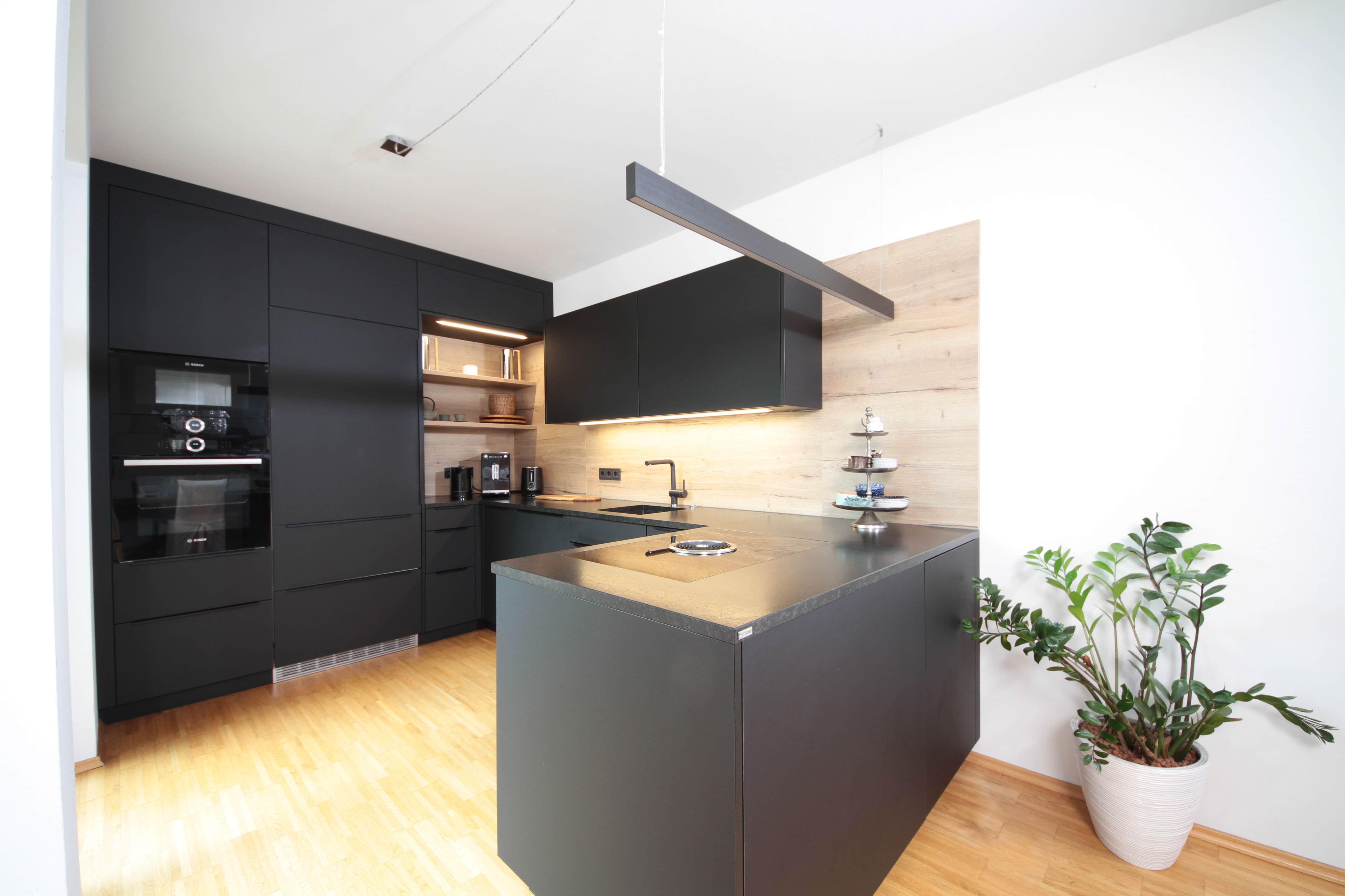 Hochwertig Großartig Dekorieren Eine Küche Mit Schwarzen Geräten Fotos   Ideen .